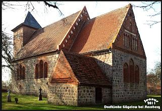 """Photo: Die Gewölbemalereien der Kirche zu Gägelow sind bekannt: """"So bunt as de Gägelowsch´ Kark"""".  Die Orgel von Friedrich Friese aus dem Jahre 1854, wurde 2002 restauriert."""