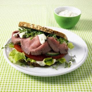 Roastbeef-Burger mit leichter Remoulade (Diät)