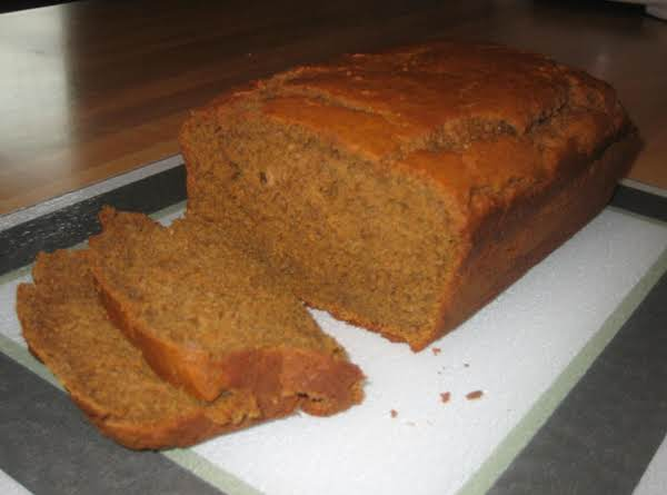 Easy Spiced Pumpkin Bread Recipe