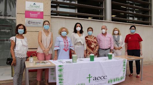 Más de 200 voluntarios y una treintena de mesas para luchar contra el cáncer