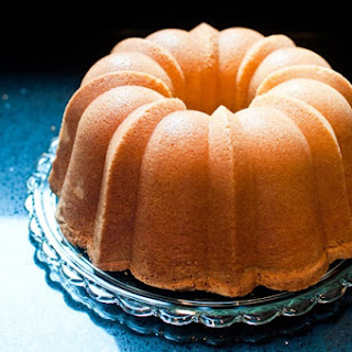 Old Fashioned Pound Cake.