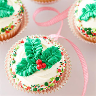 Holly Leaves Cupcakes.