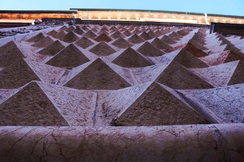 Diamanti o piramidi? di scerda