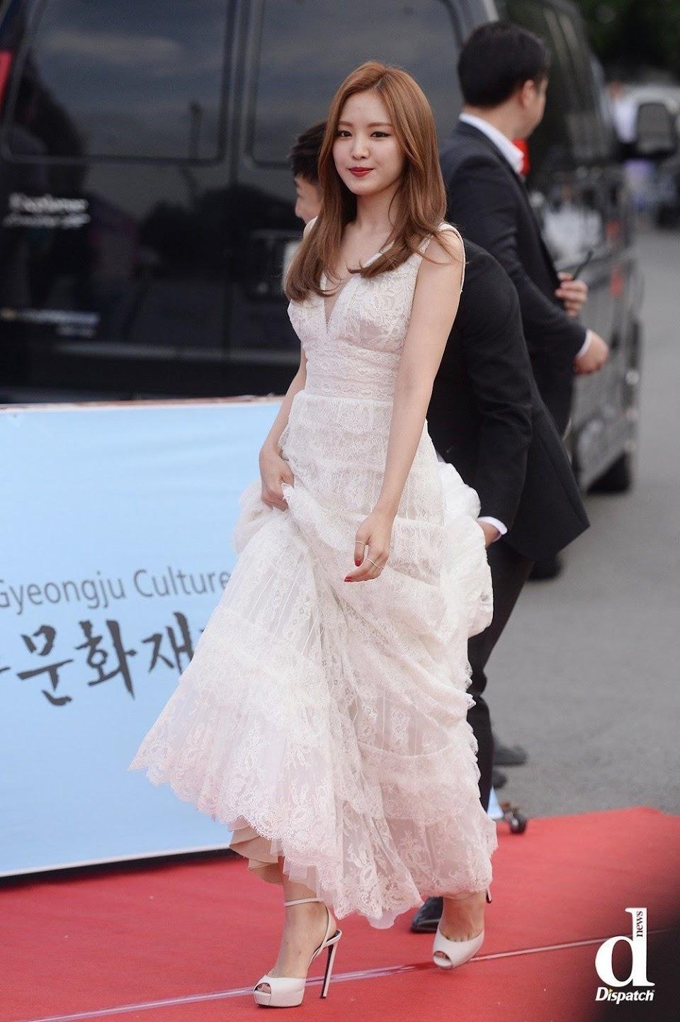 naeun gown 34