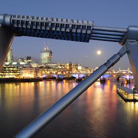 Moon in the Gap by DJ Cockburn - Buildings & Architecture Bridges & Suspended Structures ( lights, thames, london, tower bridge, millennium bridge, night, full moon, southwark bridge,  )