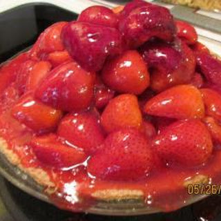 Mile High Strawberry Pie!