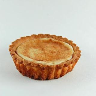 Warm Cream-Cheese Snickerdoodle Tart