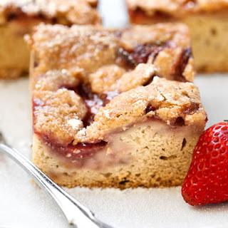 Vegan Strawberry Streusel Cake.