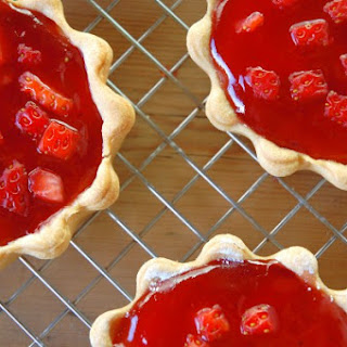 Mini Strawberry Jam and Cream Tarts Recipe