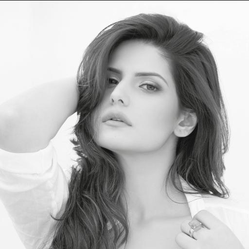 Zareen Khan Official App