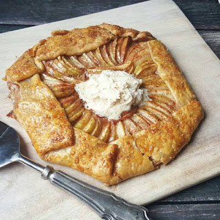 Apple & Cinnamon Mascarpone Galette Recipe