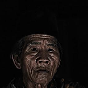 by Hendra Bhoceks - People Portraits of Men