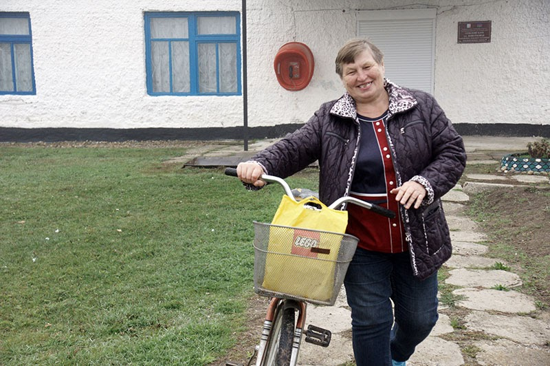 Председатель ТОСа поселка Животновод Зинаида Ивановна Кузнецова активно участвует в общественной жизни населенного пункта