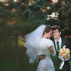 Wedding photographer Artem Moshnyaga (ArTema). Photo of 12.12.2013