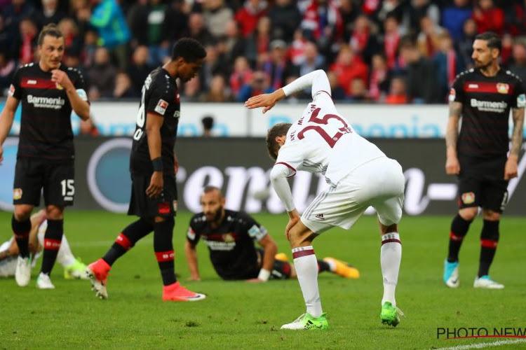 Dan toch nog spanning in Duitsland? Müller staat symbool voor zwak Bayern München, dat zelfs tegen tien man niet kan scoren