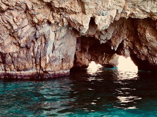 Luce tra le rocce di Anthon84