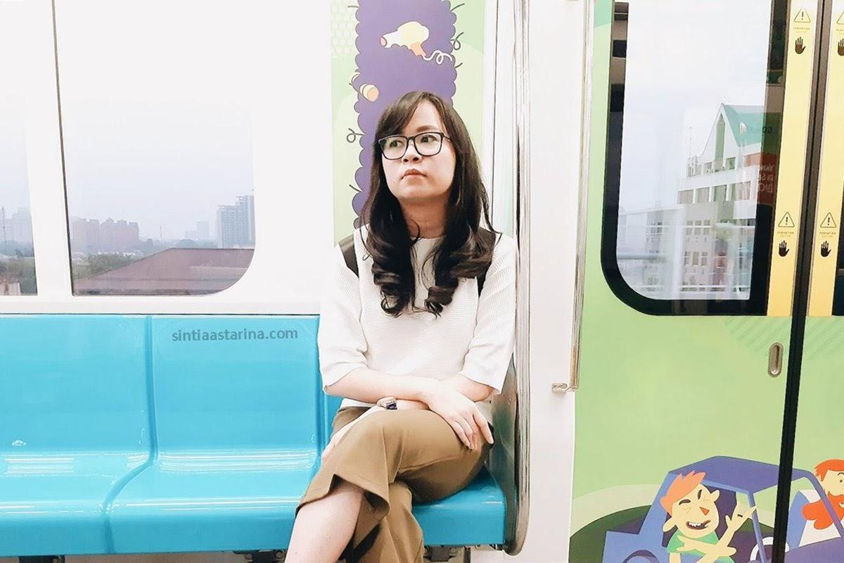 Akhirnya Kesampaian Juga Cobain MRT Jakarta yang Super Nyaman