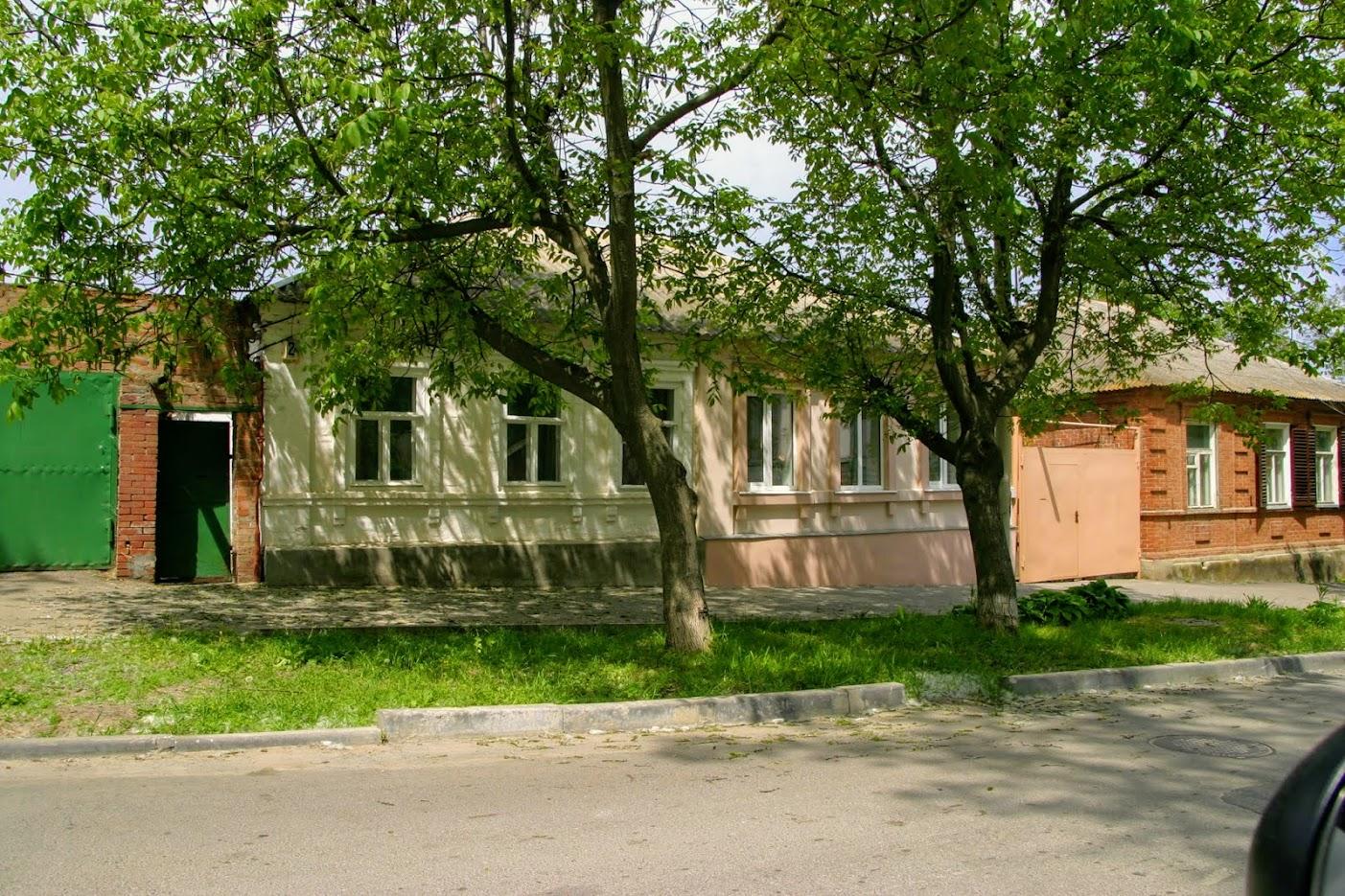 https://sites.google.com/site/istoriceskijtaganrog/dobrolubovskij-pereulok/dom-2