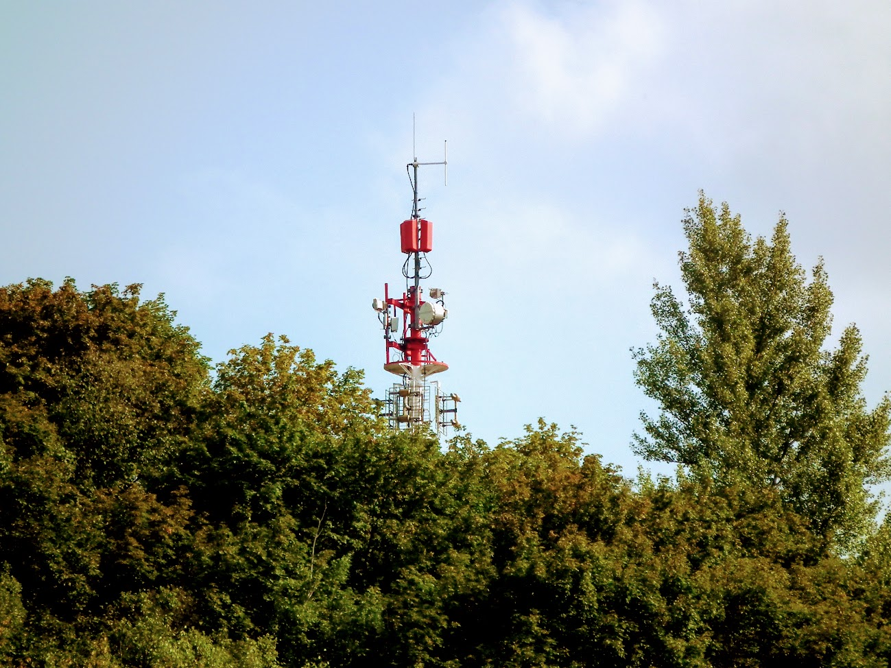Kazincbarcika/Bondor - DVB-T gapfiller+helyi URH-FM rádió