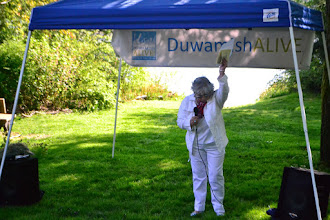 Photo: Cecile Hansen, Chairwoman of the Duwamish Tribe, welcoming us to T-107