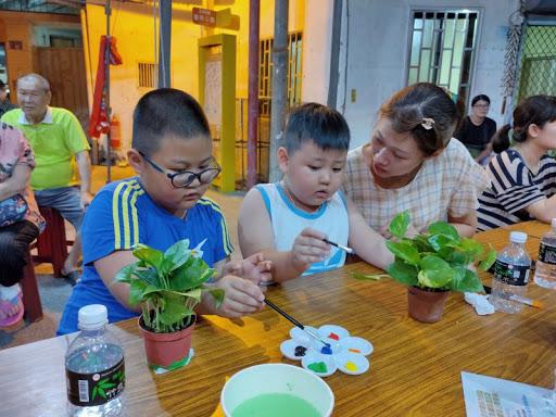 藝術創作親子彩繪盆栽活動