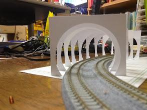 Photo: 内壁のあるトンネル作成検討開始