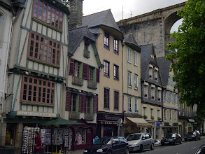 Photo: A typical traditional street in the central area. We have dinner at the Le Bistrot de Cathy - moules frites for me, and an omelet for Madame. We are also quite intrigued by the drive home. The Brittany interior from Morlaix to Pleyben was rolling, green, and very lightly inhabited - a very different appearance from the coast. Pleyben has a huge central parking lot to accommodate tourists for its famous parish close and calvaire, but we are through town at the end of a long day, before we realize what we should have stopped to see, even if only briefly!