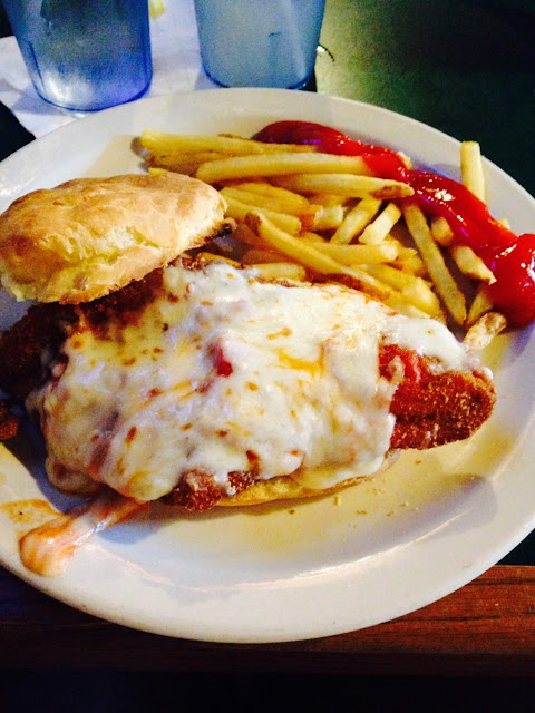 Gluten Free En Parmesan Sandwich With French Fries