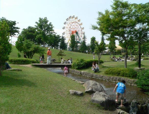小川_カルチャーパークの創作広場 | 水遊び