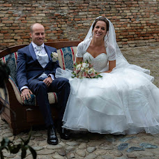 Wedding photographer Alessandro Benedetti (AlessandroB1996). Photo of 08.10.2018
