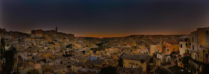 La capitale alla sera... di Matteo Faliero