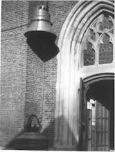Photo: 1945-1950 Terughangen van de klokken in de Martinuskerk