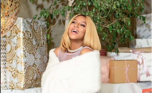 Jessica Nkosi gets spoilt by her friends with another baby shower.