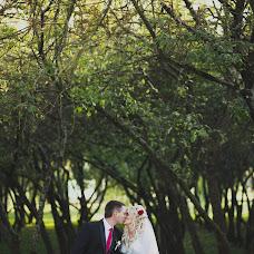 Wedding photographer Valeriy Glina (ValeryHlina). Photo of 04.10.2014