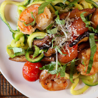 Zoodles With Shrimp, Mushrooms And Tomatoes