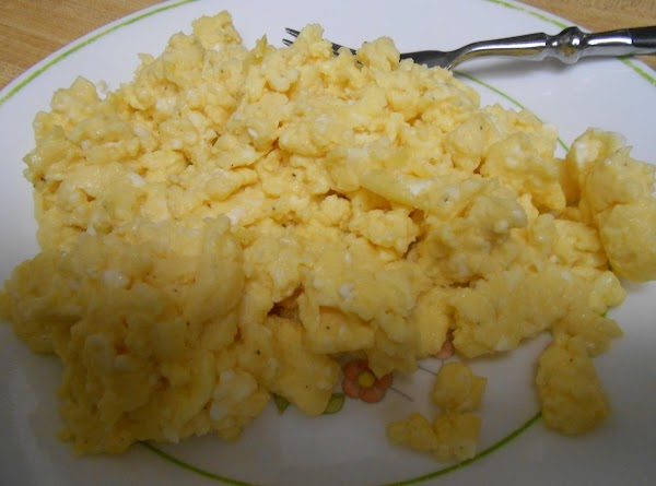 Light & Fluffy Scrambled Eggs Recipe