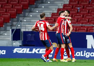 Atlético Madrid wint met 0-2 van Real Sociedad in Spaanse topper