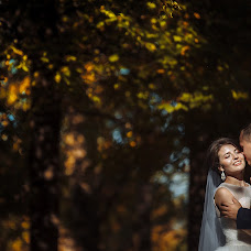 Wedding photographer Roman Yulenkov (yulfot). Photo of 14.10.2018