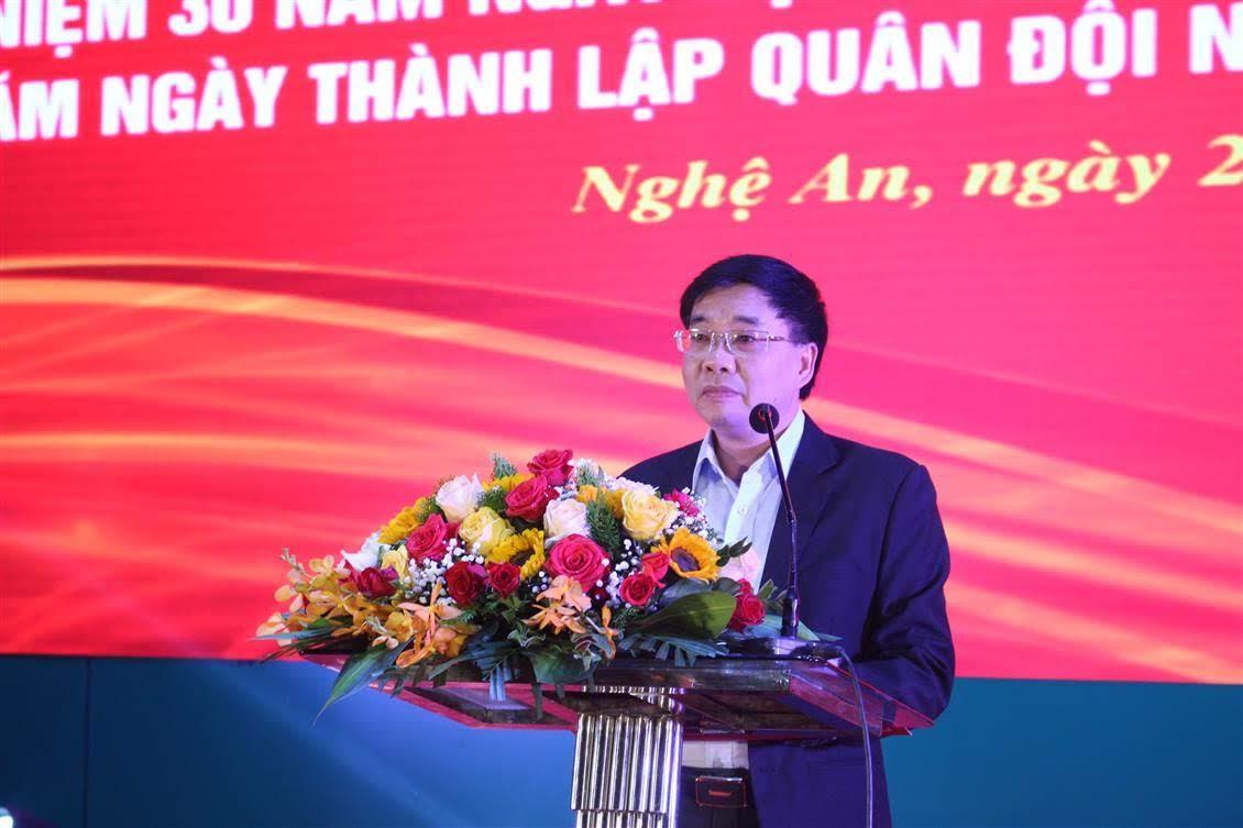 Đồng chí Nguyễn Văn Thông - Phó Bí thư Tỉnh ủy phát biểu tại buổi dạ hội