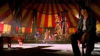 Season 4, Episode 2 American Horror Story - Massacres and Matinees