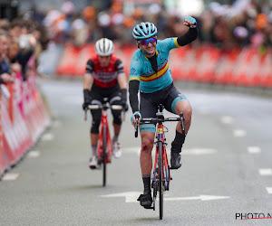 Van Avermaet lijkt hersteld na Strade en eindigt op podium in Italië, achter twee Astana-renners