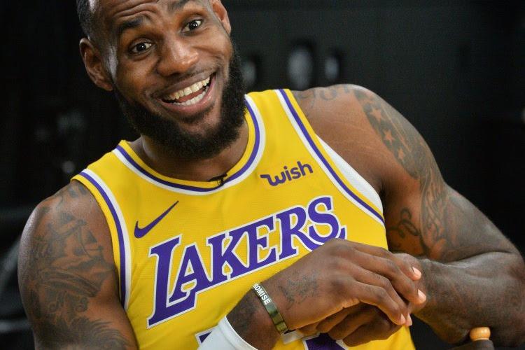 🎥 LA maakt het af in zesde finalewedstrijd: LeBron James loodst Lakers naar eerste titel in tien jaar!