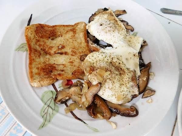 Mushrooms & Eggs Recipe