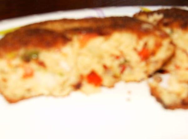 Simple Salmon Cakes Recipe