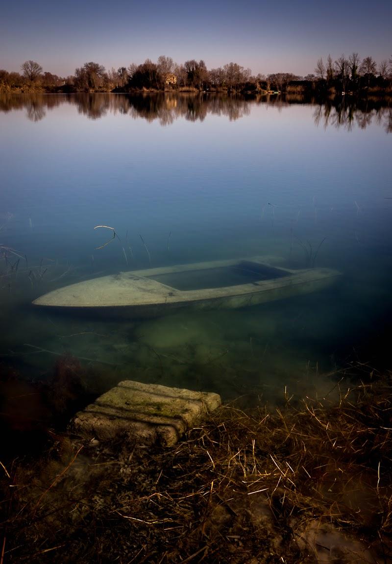 il segreto del lago di alberto raffaeli