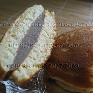 Mung Bean Dorayaki Sandwiched Pancakes