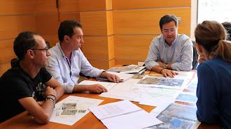 Desarrollo de la reunión con el alcalde de El Ejido.