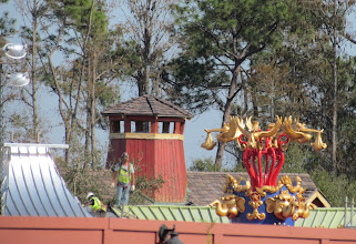 Photo: The Cupola on the Great Goofini loading area looks great. So does the new topper for Dumbo