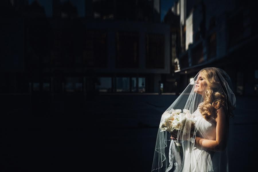 Wedding photographer Слава Семенов (ctapocta). Photo of 15.05.2016