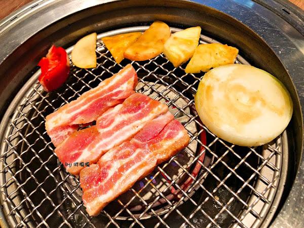 燒肉風間 Kazama,公益路燒肉,宵夜場也可以,雙人套餐非常超值,整個飽到天靈蓋,牛、豬、雞與海鮮,一個set完美搞定,現有打卡送骰子牛活動,一起吃肉肉,長肉肉!!!